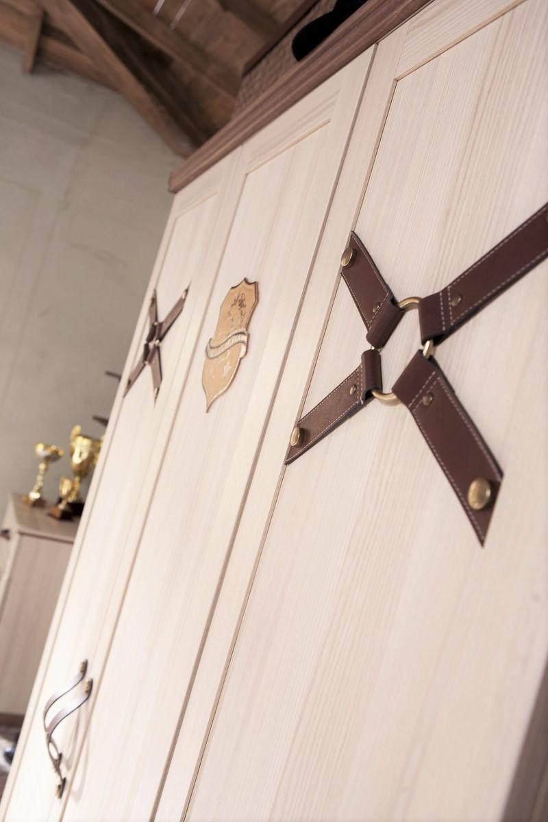 Amor 3 deurs kledingkast paarden kinderkast paardenkamer ...